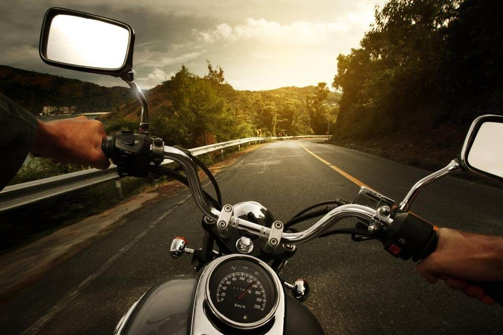 Learn how to watch out of motorcycles on Greek roads