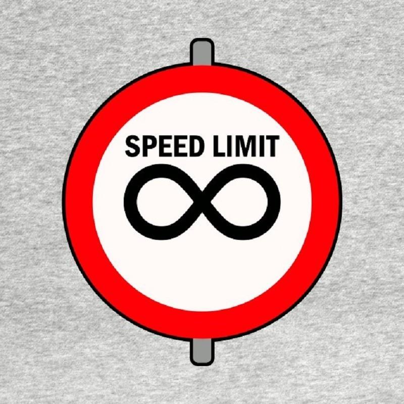 """Υπερβολική Ταχύτητα: Πότε """"Σώζει"""" Ζωές και Πότε Γίνεται Επικίνδυνη"""